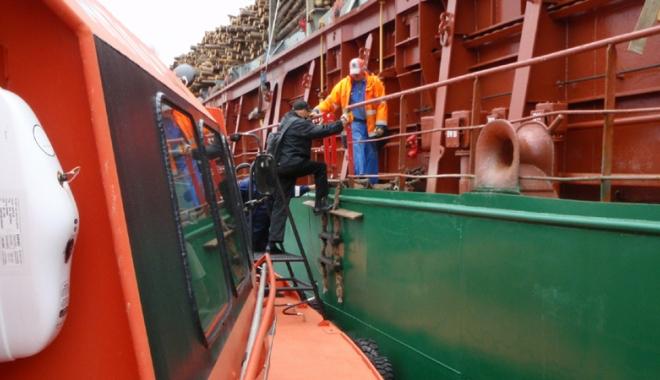 Pilotajul maritim -  răstignit de Consiliul Concurenței,  înviat de Parlamentul European - pilotaj2-1467558233.jpg