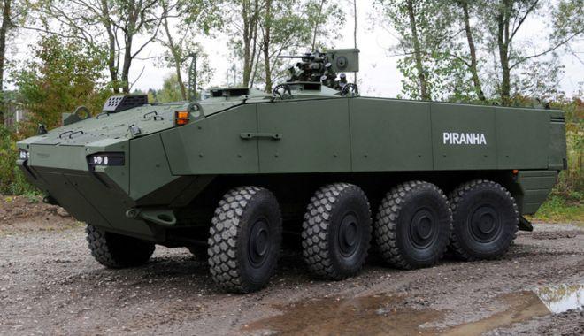 Foto: Vin primele transportoare blindate Piranha! Vor intra în dotarea Armatei în acest an