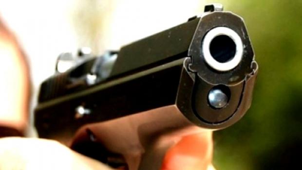 Foto: Armele cu care a fost împuşcat patronul casei de schimb valutar au fost găsite