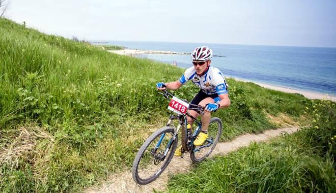 Plaja din Corbu va găzdui o competiţie de ciclism unică în Europa - plaja-1429027976.jpg