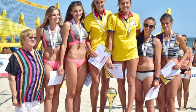 Foto: Pe plaja din Mamaia, s-au desemnat campionii naţionali la volei