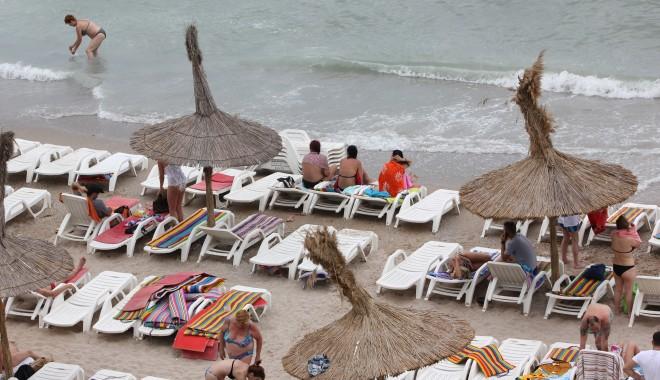 Foto: Se anunţă o creştere cu 20% a numărului de turişti care ajung vara aceasta pe litoral