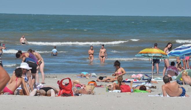 Foto: Direcţia de Statistică Constanţa / Câţi turişti au ajuns pe litoral, în primul semestru