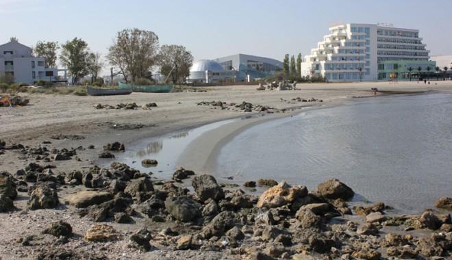 Foto: Plaja din Mamaia, în pericol!