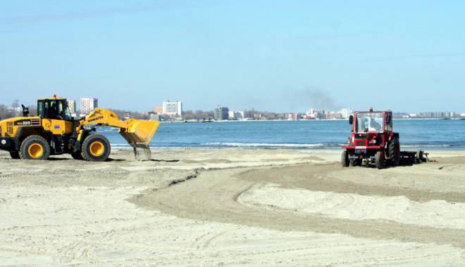 Foto: Cine a licitat şi cine a câştigat plajele scoase spre închiriere