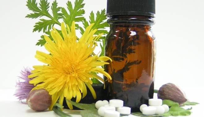 Foto: Ce combinaţii de plante şi medicamente sunt periculoase