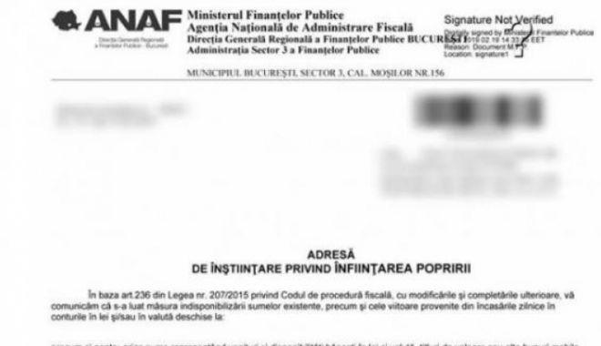 Foto: ANAF trimite un plic cu înştiinţare de poprire pentru suma de 1 leu, deşi plicul costă mai mult