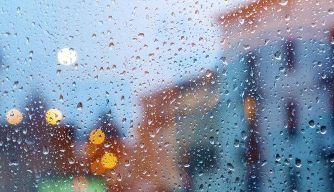 Cod galben de ploi în 14 județe și de vânt puternic în toată țara - plo-1621240570.jpg