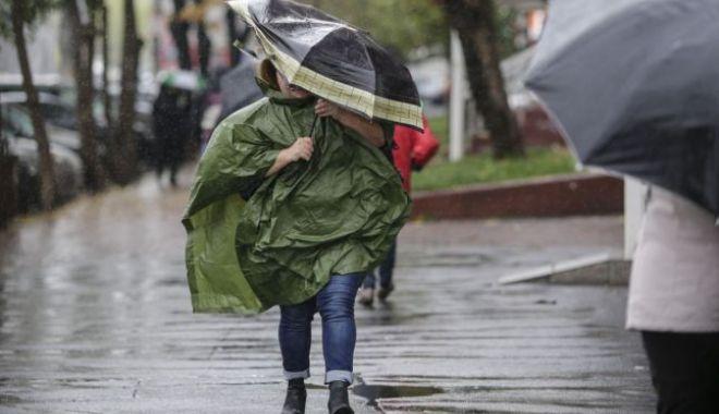AVERTIZARE NOWCASTING. Cod galben de ploi în județele Constanța și Tulcea - ploaie-1530349748.jpg