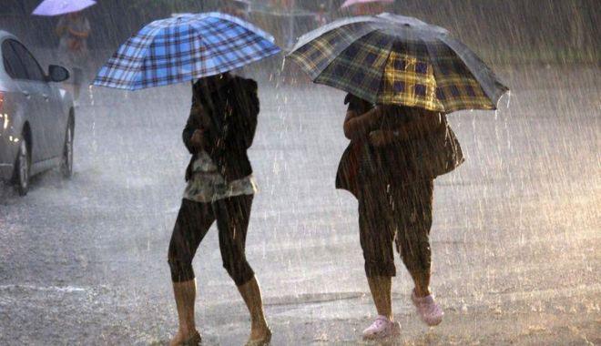 COD GALBEN de PLOI și VÂNT, la Constanța - ploaie-1594545618.jpg
