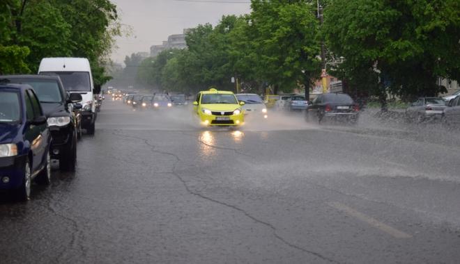 Foto: COD GALBEN DE PLOI. RAJA a activat Comandamentul pentru Situaţii de Urgenţă