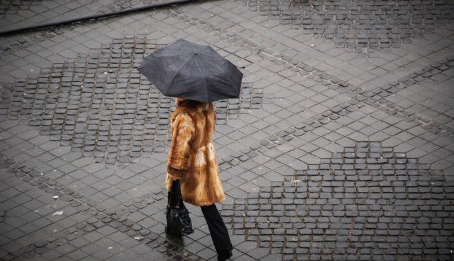 Foto: Ploi însemnate cantitativ, astăzi, la Constanţa. Când vom avea, din nou, vreme bună