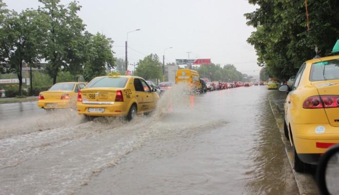 Foto: ANM. Revin ploile �i furtunile �n Rom�nia! Cum va fi vremea �n urm�toarele dou� s�pt�m�ni, pe litoral