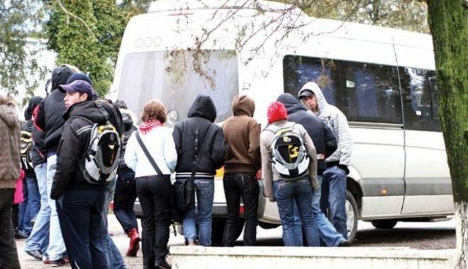 Foto: PLUS cere soluţii pentru decontul transportului elevilor în judeţul Constanţa