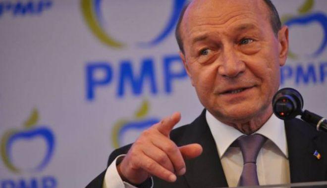 Foto: Traian Băsescu va deschide lista PMP la alegerile europarlamentare