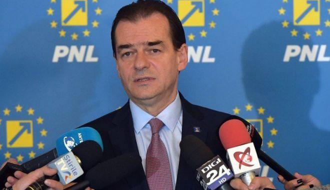 """Foto: """"PNL condamnă bătaia de joc a guvernanţilor faţă de legea offshore"""""""