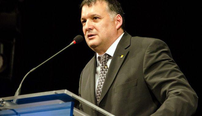 Foto: Veste bună pentru medicii de familie! Ce le-a pregătit deputatul Bogdan Huțucă