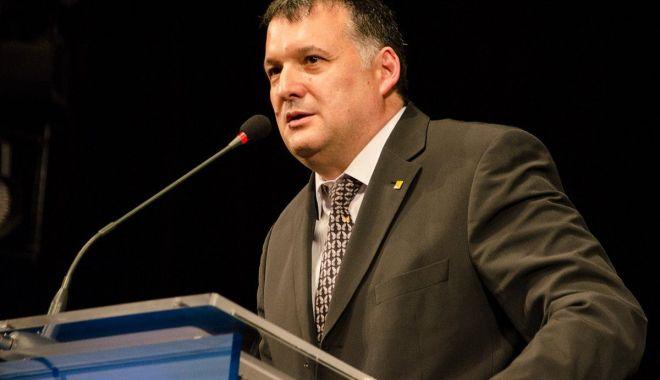 Deputatul Bogdan Huţucă: