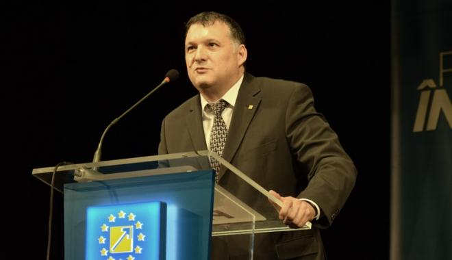 Foto: Deputatul Bogdan Huţucă propune amnistia fiscală pentru fermierii presaţi de ANAF