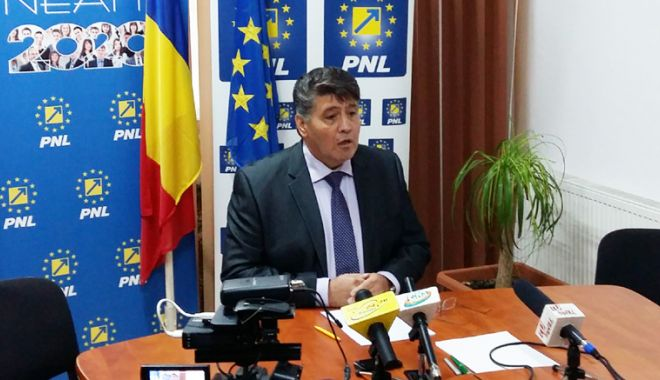 Foto: PNL cere remanierea ministrului Transporturilor. Care este motivul