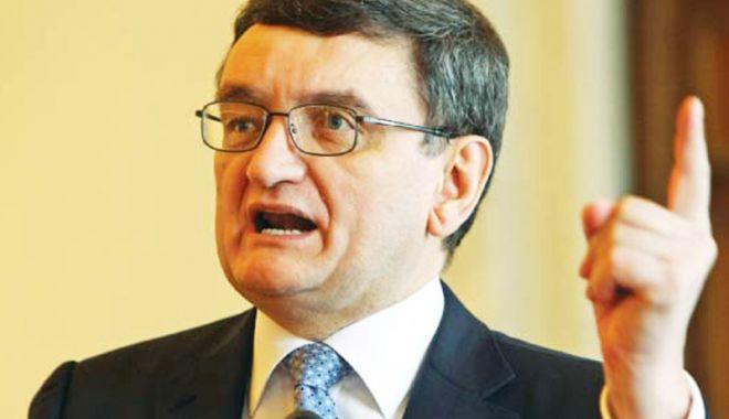 Foto: PNL cere revocarea din funcția de Avocat  al Poporului a lui Victor Ciorbea