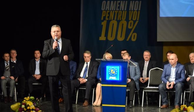 Foto: Liberalii din Constanţa, alegeri pe 27 aprilie. Dragomir se retrage, cine intră în competiţie