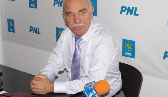 Foto: PNL va ataca la CCR transferul  contribuţiilor la angajat