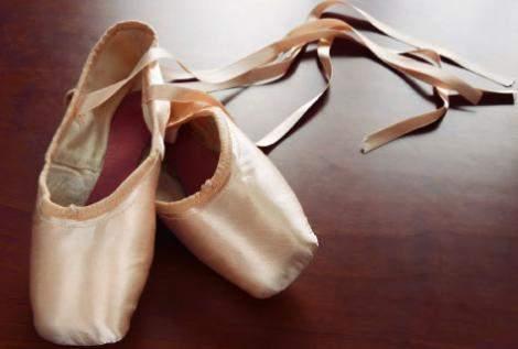 Recital de balet la Colegiul de Artă - poantebalet-1320391373.jpg