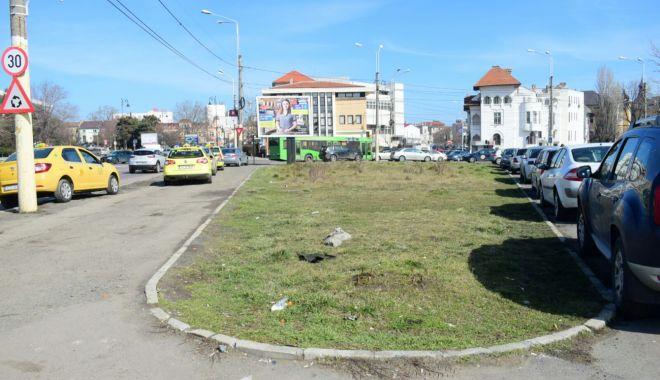 Galerie foto / Cum se schimbă Constanța la față: Străzi refăcute, un nou sens giratoriu și insulă cu spațiu verde