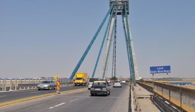 Foto: CNADNR a prelungit restric�iile de trafic pe podul de la Agigea