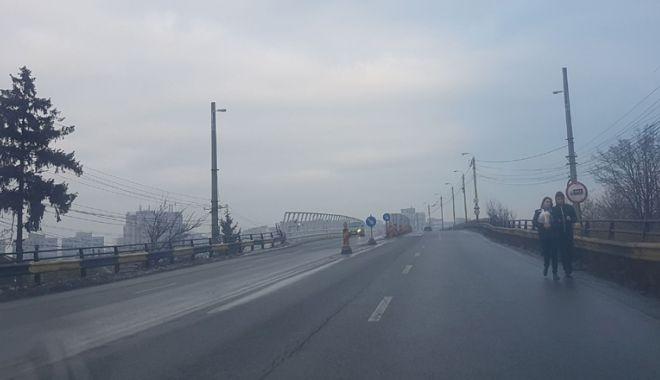 Proiect realizat pe jumătate. Podul de la Butelii, redeschis pentru maşini, periculos pentru pietoni - pod8-1544029221.jpg