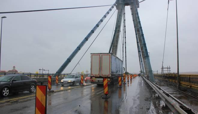 Foto: Şoferi, atenţie! Cum se va circula pe podul Agigea, de sărbătorile de iarnă