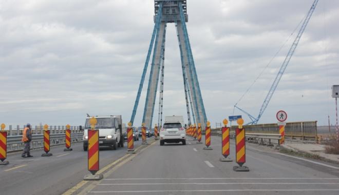 Foto: Podul Agigea, după şase ani de incompetenţă.