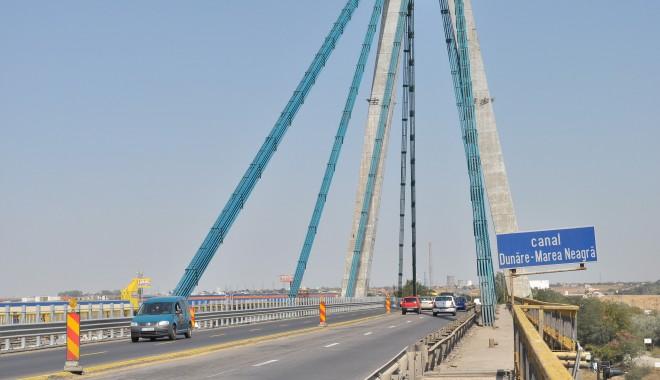 Foto: De ASTĂZI, pe podul Agigea se circulă pe toate benzile