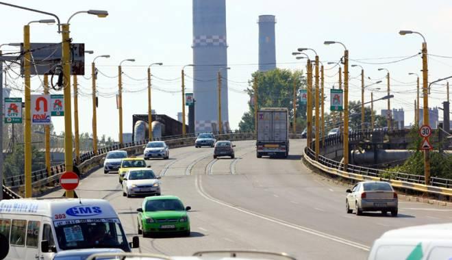 Proiectele europene ale Constanţei, salvate din banii cetăţenilor. Ce investiţii vor schimba faţa oraşului - podbutelii26-1449515047.jpg