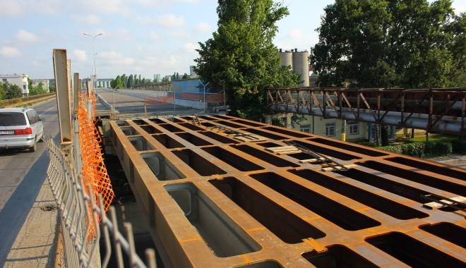 Foto: Podul IPMC va fi FINALIZAT până luna viitoare / GALERIE FOTO