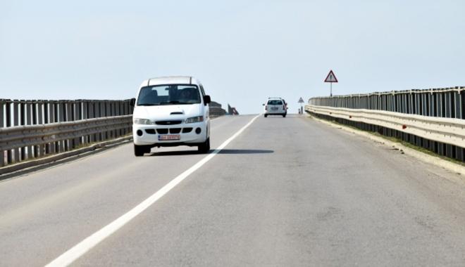 Foto: Podul de la Cumpăna, băgat în reparaţii. Circulaţia va fi restricţionată două zile