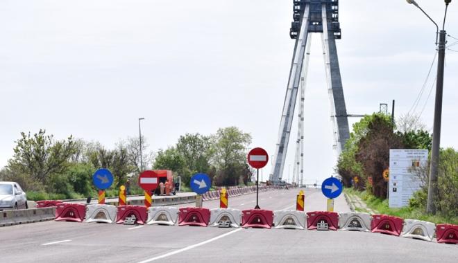 Foto: Podul de la Agigea se va redeschide joi. Sau cel puţin aşa ar trebui