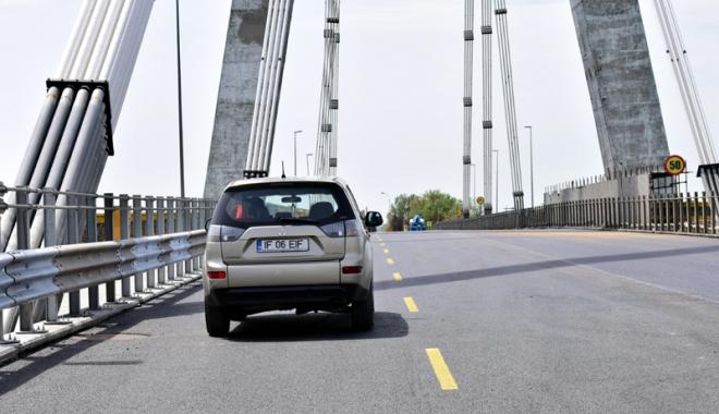 Foto: S-a terminat cu restricţiile! Podul Agigea, redeschis circulaţiei