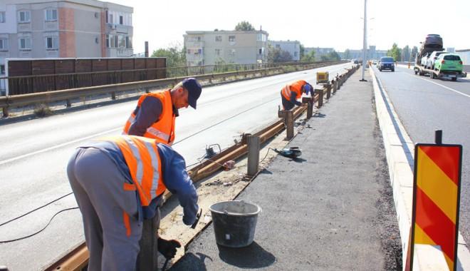 Foto: Galerie foto. Podul IPMC a fost reparat. Cum se va circula �n urm�toarele dou� luni