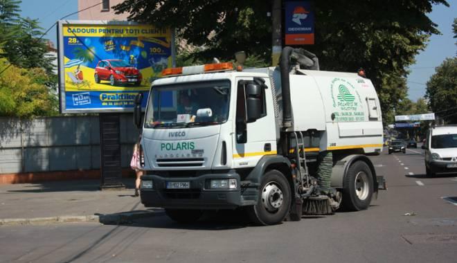 """Foto: Constanţa, un oraş curat? Câţi bani """"aspiră"""" Polaris din buzunarele constănţenilor"""