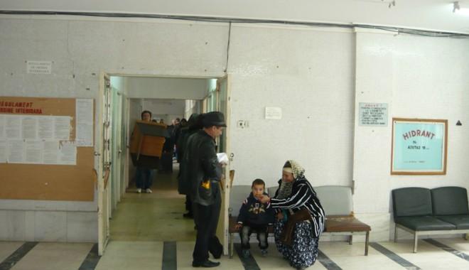 Foto: Policlinica Spitalului Judeţean intră în reparaţii capitale