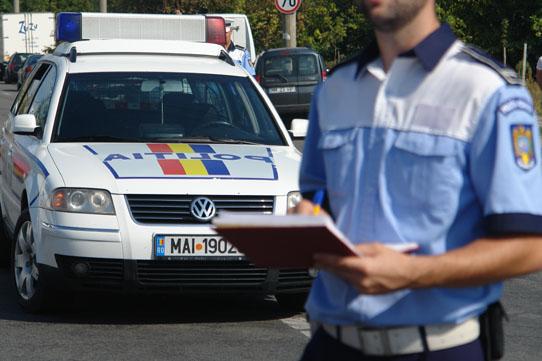 Foto: Beat şi fără permis, pe un drum din judeţul Constanţa. Cum l-au sancţionat poliţiştii