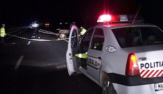 Foto: Poliţist de la Serviciul Rutier, lovit în cap de un şofer care efectuase o depăşire neregulamentară