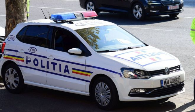 Foto: Dosare penale pe numele a doi constănţeni, după ce Poliţia Rutieră i-a tras pe dreapta