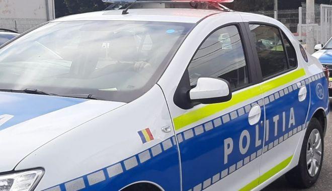Scandal după un accident rutier: 15 persoane au fost duse la Poliție - politia2-1603547937.jpg