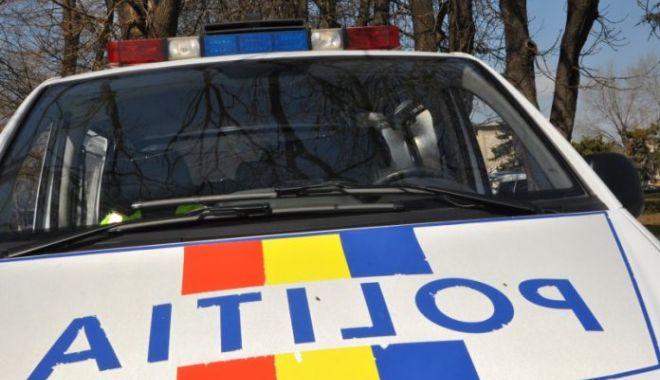 Foto: O constănţeancă a furat cosmetice din supermarket şi acum are dosar penal