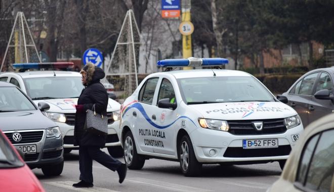 Foto: Ce obligaţii aveţi şi ce nu trebuie să faceţi atunci când vă opreşte un poliţist local