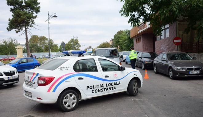 Foto: Poliţia Locală,  în acţiune.  Au dat sancţiuni  în valoare de peste 20.000 de lei