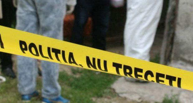 Foto: CAZ DEOSEBIT DE GRAV! Copil găsit în pădure, legat de un copac, tăiat pe tot corpul de tatăl său